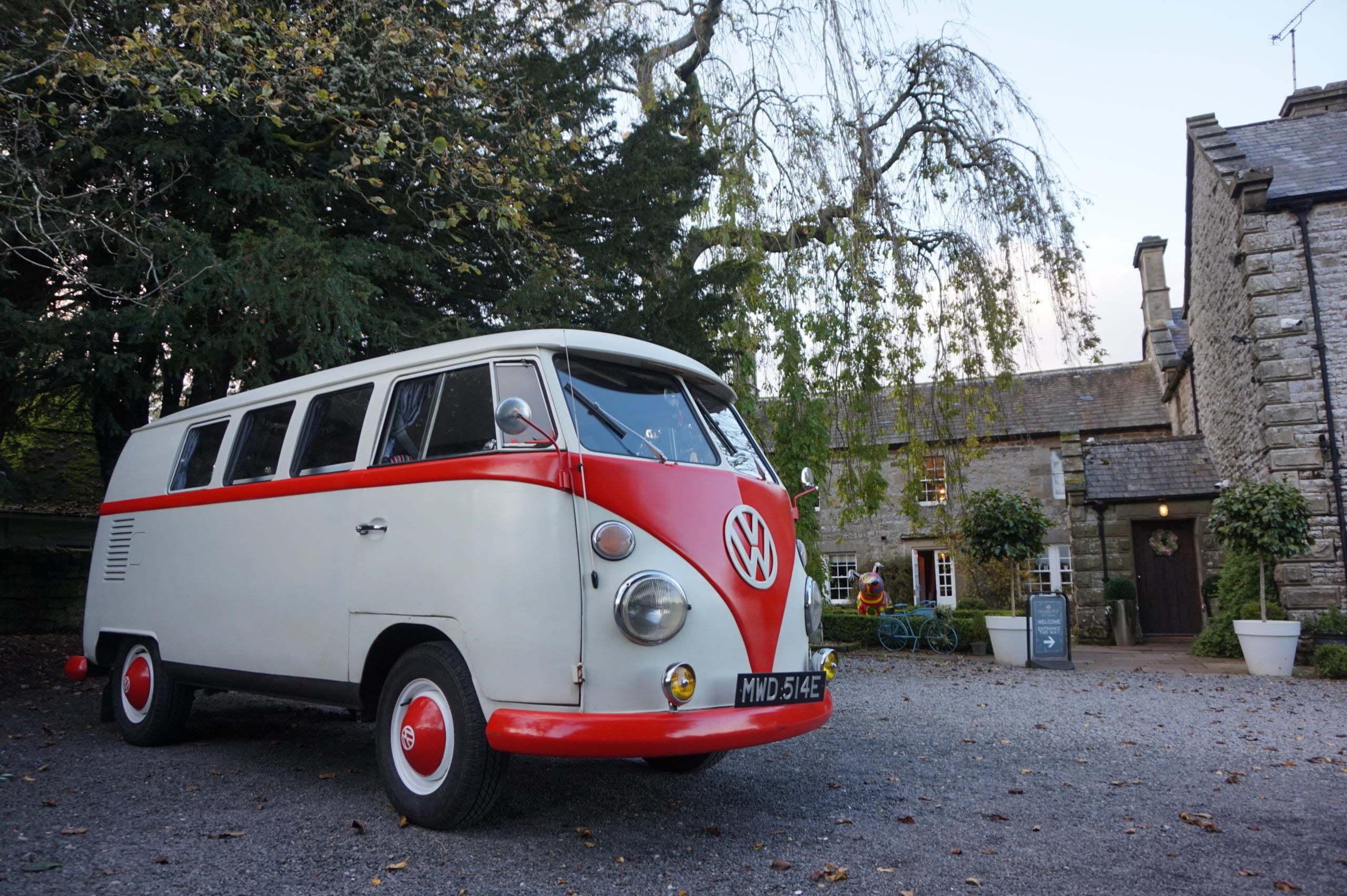 vintage wedding car at Woodhill Hall